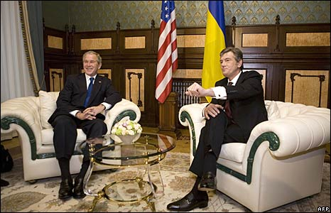 US President George W. Bush and Ukrainian President Viktor Yushchenko