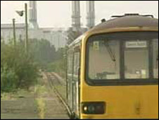 Train on the Severn Beach line