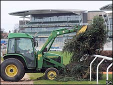 Fence building at Aintree