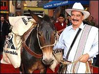 Juan Valdés y su mula Conchita