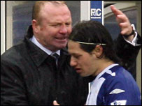 Alex McLeish and Mauro Zarate