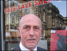 Gordon Sutherland, owner of Fast Frame in Shandwick Place