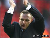 Barnsley manager Simon Davey