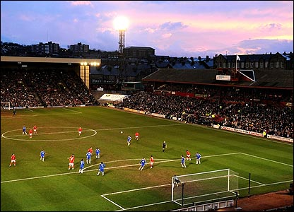 Barnsley welcome FA Cup holders Chelsea to Oakwell for their quarter-final