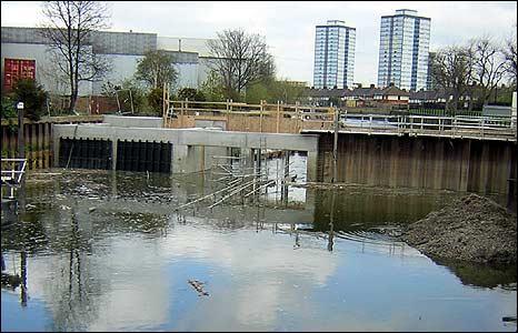 Weir on Three Mills Wall River