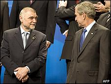US President George W Bush (right) with Croatian President Stipe Mesic at the Nato summit in Bucharest