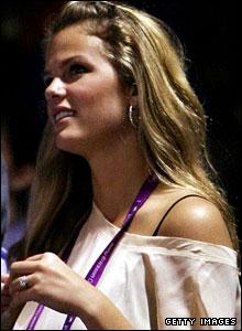 Roddick's fiancee Brooklyn Decker