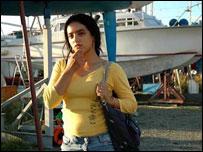 """حفظية حيرزي التي تألقت في دور """"ريم"""" في الفيلم التونسي """"كسكسي بالسمك"""""""