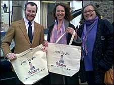 Selkirk bag free launch