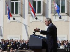 Mr Bush addresses the crowd in Zagreb, Croatia, 5 April 2008