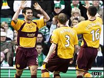 Simon Lappin celebrates his goal