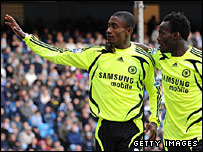 Michael Essien congratulates Salomon Kalou after he scores Chelsea's second goal