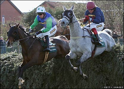 Comply or Die, D'Argent