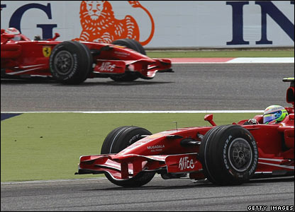 Kimi Raikkonen (left), Felipe Massa (right)
