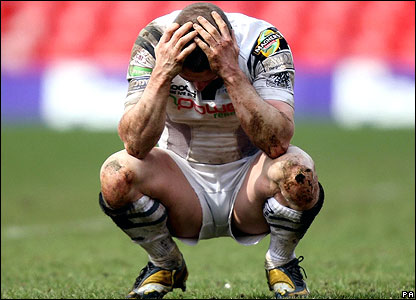 Ospreys wing Shane Williams contemplates defeat