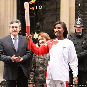 Gordon Brown, Olympics minister Tessa Jowell, and former Olympic champion Denise Lewis