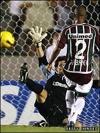 Fluminense's Gabriel scores his side's third goal against Argentina's Arsenal