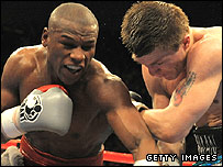 Floyd Mayweather (left) and Ricky Hatton