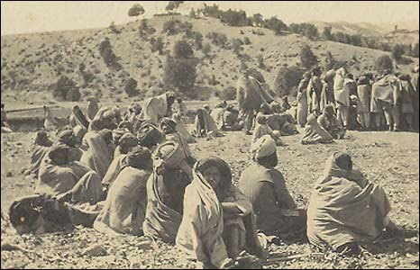 Peace negotiations with tribesmen