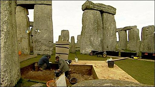 bbc  history stonehenge dig 2008