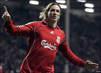 Torres celebrates his goal