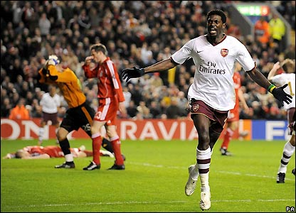 Adebayor puts Arsenal ahead on away goals