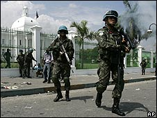 Brazilian UN peacekeepers secure the National palace in Port-au-Prince on 8 April