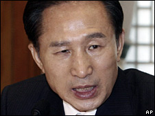South Korean President Lee Myung-bak (file image)
