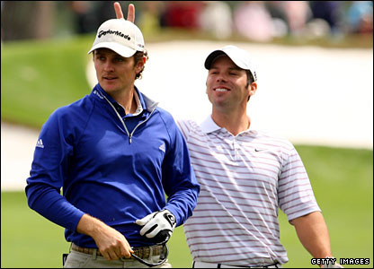 Paul Casey (right) jokes around with fellow Englishman Justin Rose