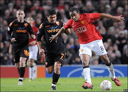 Anderson pushes forward for Man Utd