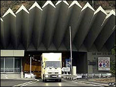 Mont Blanc tunnel entrance (file picture)
