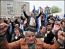 Dacia workers protest 10 April