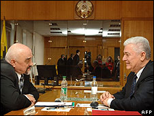 Moldovan President Vladimir Voronin (right) with Trans-Dniester leader Igor Smirnov, 11 Apr 08