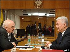 Moldovan President Vladimir Voronin (right) with Trans-Dniester leader Igor Smirnov, 11 Apr 08