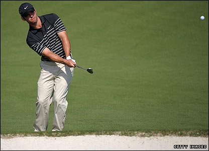 Paul Casey works magic with his short game