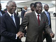 Zimbabwe President Robert Mugabe and South African President Thabo Mbeki,  Harare (12.04.08)