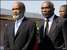 Rene Preval (left) and Jacques-Edouard Alexis (05/03/2008)