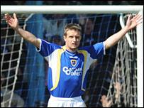 Stephen McPhail celebrates his goal against Blackpool