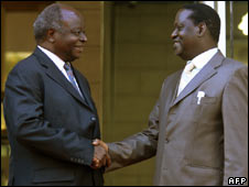 Mr Kibaki (L) and Mr Odinga on 6 April
