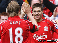 Steven Gerrard celebrates his goal with Dirk Kuyt