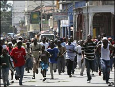 Demonstrators in Port-au-Prince, Haiti, 7 April 2008