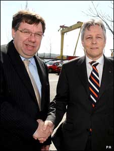 Brian Cowen (l) and Peter Robinson
