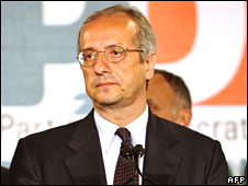 Walter Veltroni concedes defeat in Rome on 14 April 2008