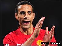 Ferdinand agrees new Man Utd deal _44569975_rioferdinand_203