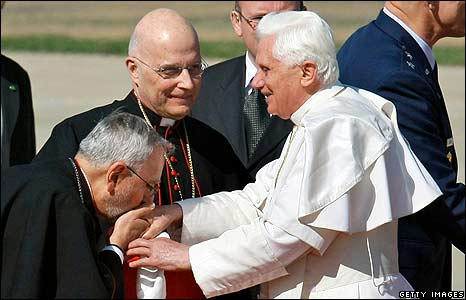 Pope Benedict meets clergy at the air base