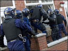 Drugs arrests in Bolton (Pic: GMP)