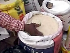 Ghanaian stirring rice