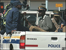 Security forces on patrol in Harare 15 April 2008