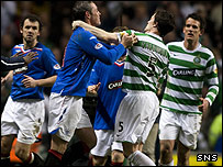 David Weir and Gary Caldwell clash after the final whistle