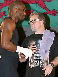 Bernard Hopkins (left) and trainer Freddie Roach